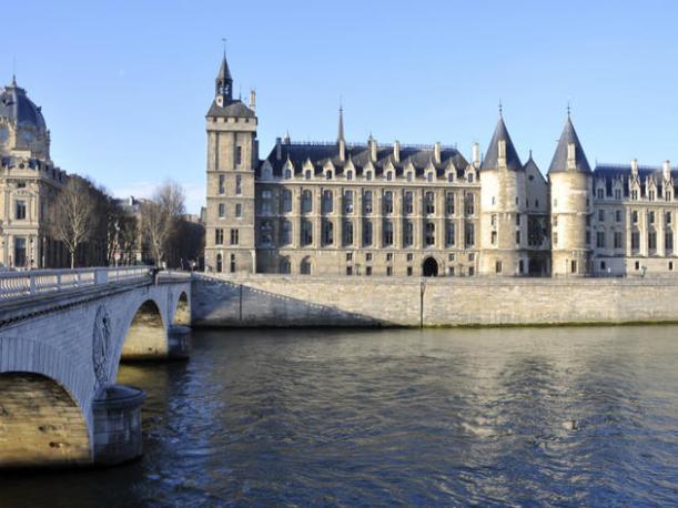 Conciergerie, Paris - Kinto