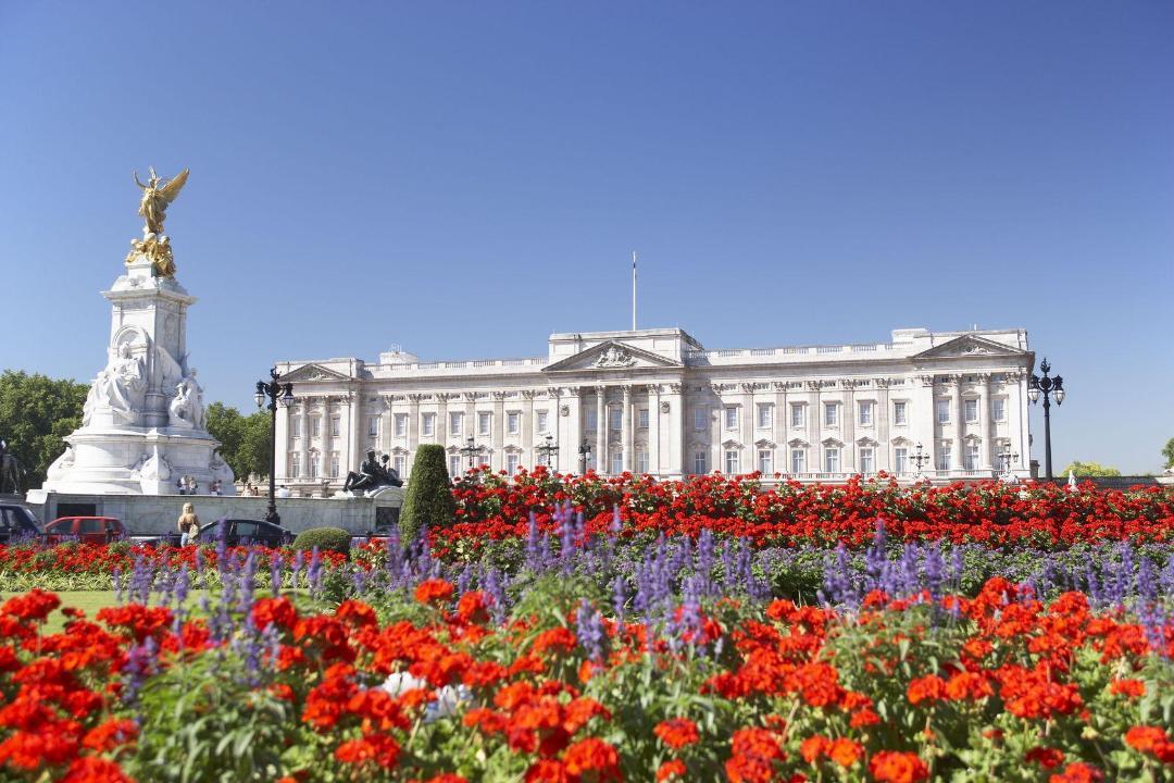 Buckingham Palace, London - Kinto