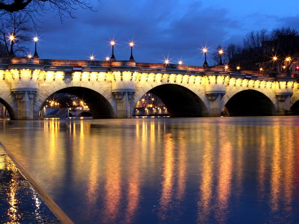 The Parisian bridges, paris - Kinto