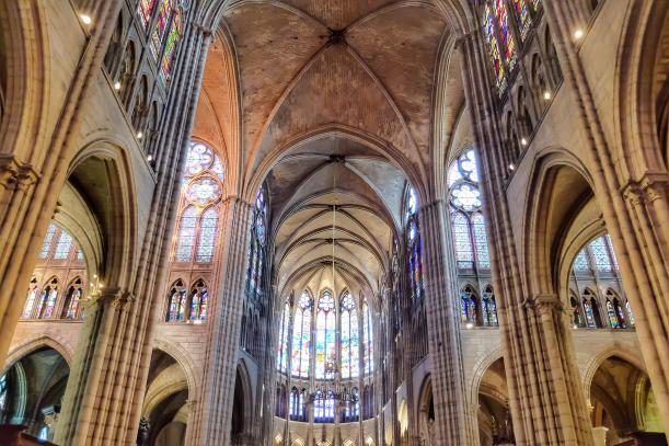 Basilique cathédrale de Saint Denis, Saint-Denis - Kinto